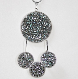 swarovski-rocks-big-crystal-metalic
